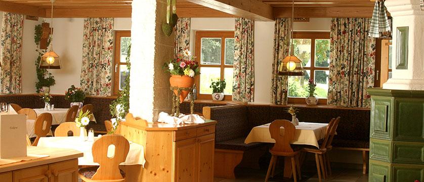 Austria_Filzmoos_Hotel-Hammerhof_Restaurant2.jpg